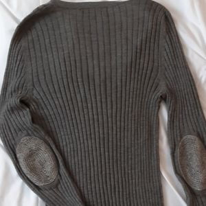 Burberry v-neck ribbed sweater wool/silk blend